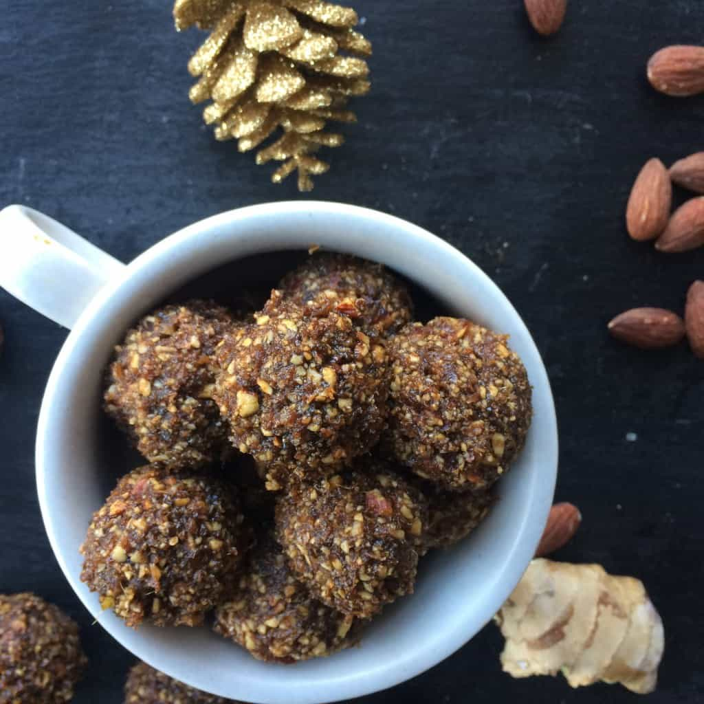 Gingerbread Cookie Balls