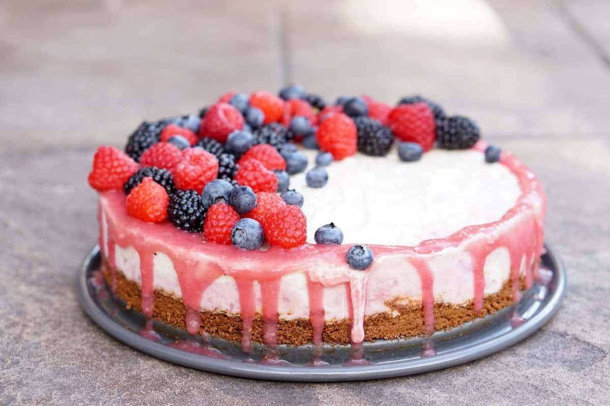 rhubarb cashew ice cream cake