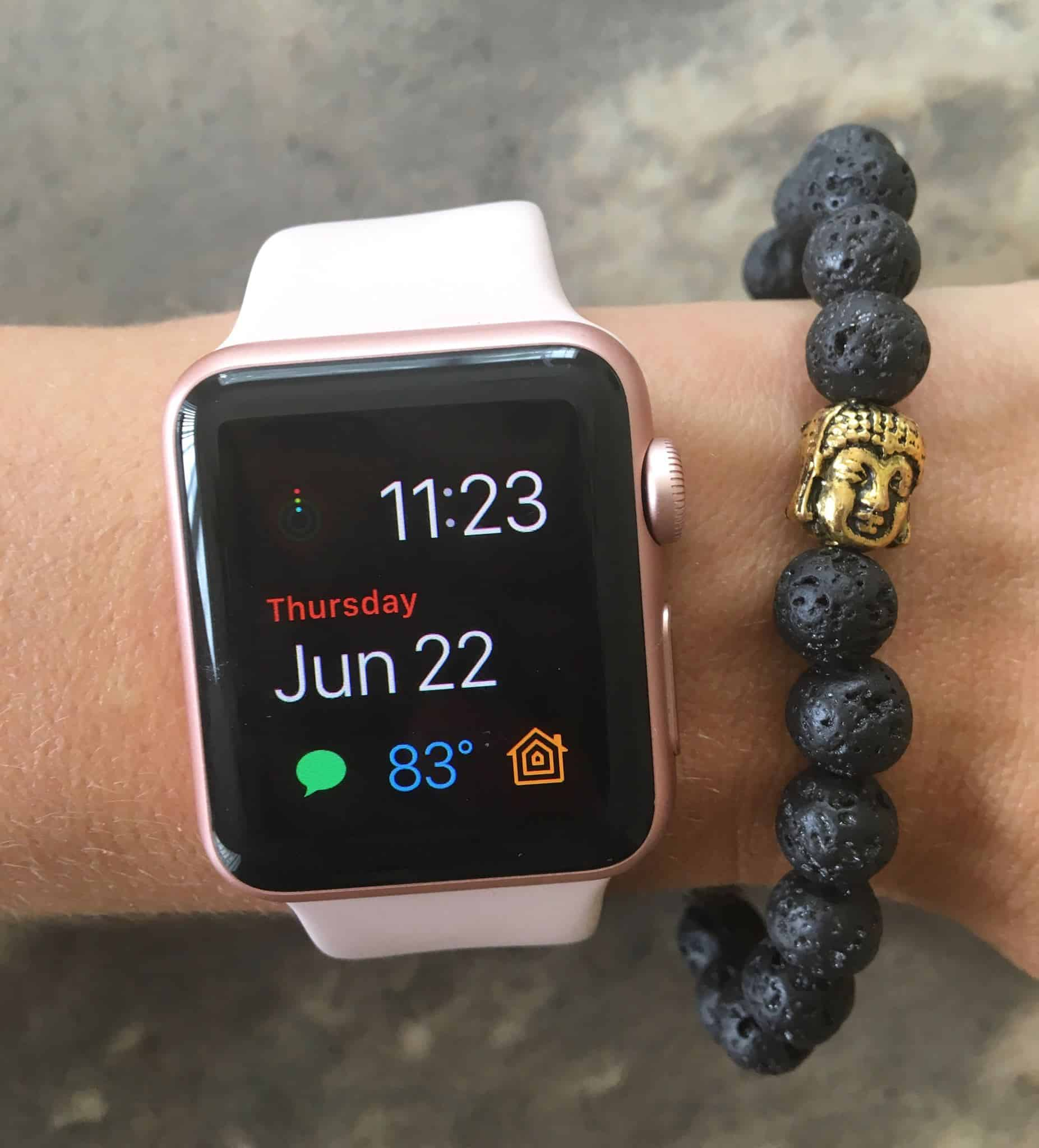 The Apple Watch for Women – 5 Reasons Why It's a Must-Have Accessory