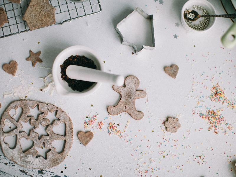 process of making gingerbread men